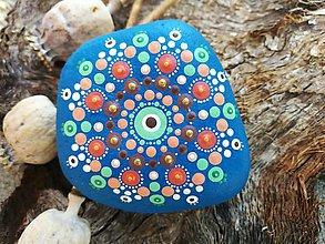 """Dekorácie - Maľovaný kameň """"Kráska"""" - 11171836_"""