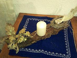 Svietidlá a sviečky - Karkulka na hniezde. (15 x 10 cm - Zlatá) - 11171049_