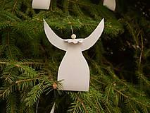 Dekorácie - Vianočné ozdoby ANJELIKOVIA - 11173110_