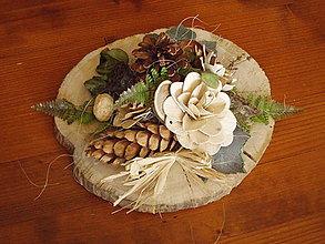 Dekorácie - Smútočná prírodná dekorácia so šiškou 32cm - 11171000_