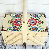 Krabičky - Skrinka na šijacie potreby- ornamentika - 11176305_