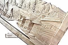 Obrazy - Ručná drevorezba - Dedinka pod Kriváňom - 11175100_