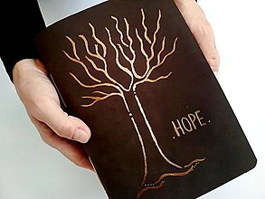 """Papiernictvo - Fotoalbum * Zápisník kožený s autorskou kresbou ,,strom""""A5 nubuk album tmavohnedá - 11174837_"""