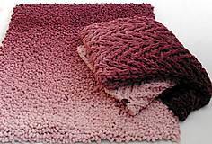 Úžitkový textil - Jemnučký a ľahký koberček  ombre kučeravý - 11175688_