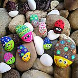 """Drobnosti - Maľovaný kamienok """" Veselý chrobák"""" - 11175178_"""