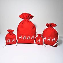 Úžitkový textil - Bavlnené vrecúško vyšívané jelenčeky - 11181171_