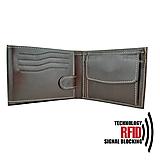 - Ochranná pánska kožená peňaženka v hnedej farbe - 11179871_