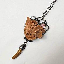 Náhrdelníky - Cínový šperk - Púštna ruža - 11180934_