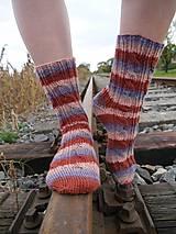 Obuv - Dámske pletené vlnené ponožky (cukrík) - 11180178_