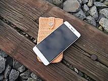 Na mobil - Háčkované púzdro na mobil (marhuľa) - 11180220_