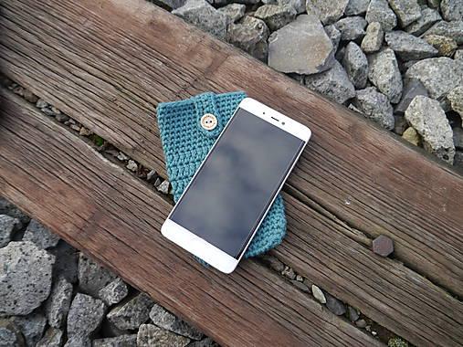 Háčkované púzdro na mobil (egreš)