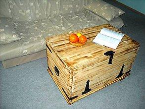 Nábytok - Konferenčný stolík - truhlica - 11177750_