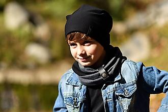 Detské súpravy - Detský set čiapka a nákrčník s koženým remienkom - 11185306_