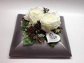 Dekorácie - Biele srdce ,biele ruže - 11185598_