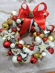 """Dekorácie - Vianočný venček na dvere """"zlatá - biela - červená"""" - 11182510_"""