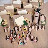 Darčeky pre svadobčanov - Ježkovia personalizovaní s 2 doplnkami - darčeky pre hostí/menovky - 11183401_