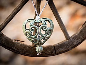 Dekorácie - Vyřezávané srdce mint - 11184393_