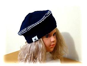 Detské čiapky - Detská baretka tmavomodrá - 11185027_
