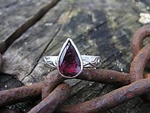 Prstene - Strieborny prsteň Ag925 Rubelit - turmalín - 11181954_