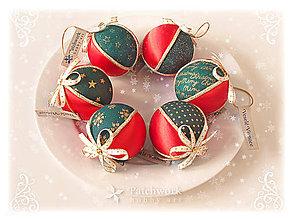 Dekorácie - Vianočné gule patchworkové - Červeno-zelená sada - 11182724_