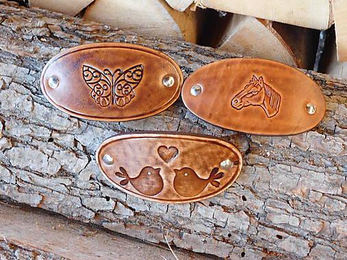 Kožená spona do vlasov - Motýľ, koník, vtáčiky