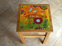 Nábytok - Maľovaný stolček, hokerlík - 11186411_