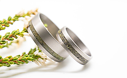 Prstene - Titanové obrúčky s opálom - 11185820_