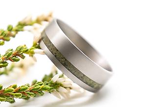 Prstene - Titanový prsteň s opálom - 11186164_