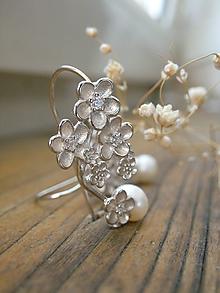 Náušnice - Perlový trs kvetov - 11187425_