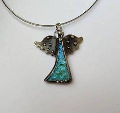 Náhrdelníky - Cínový šperk zo sklom - Anjelik - 11186988_