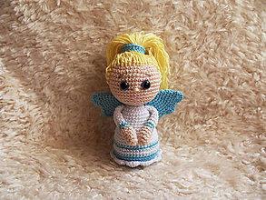 Hračky - Háčkovaný anjelik - modro-biely - 11186143_