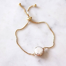 Náramky - Pozlátený náramok s keshi perlou - 11186114_