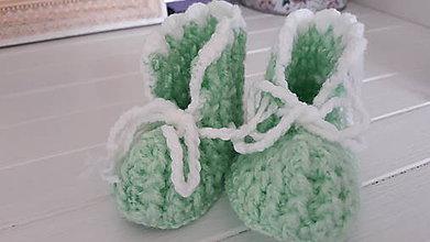 Topánočky - Háčkované papučky / capačky (Zelená) - 11188493_
