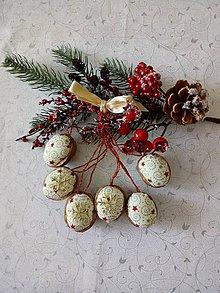 Dekorácie - Vianočné oriešky s hviezdičkou - 11192123_