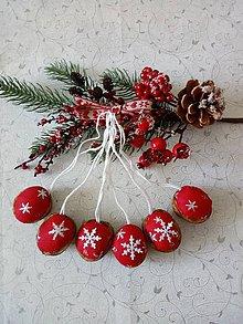 Dekorácie - Vianočné oriešky - 11192163_