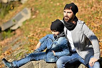 Detské súpravy - Detský a pánsky set čiapka a nákrčník s koženým remienkom - 11189904_