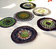 Materiál ručne robený - Kolieska zleneno - hnedé - 11191397_