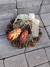 šiškový natur spomienkový veniec 27 cm