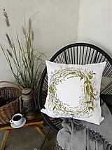 Úžitkový textil - Ľanový vankúš - zelený veniec - 11190590_