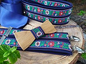 Doplnky - Pánsky drevený motýlik, traky a dámsky opasok - 11189934_