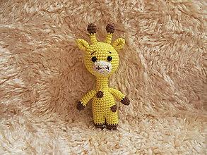 Hračky - Milá háčkovaná žirafka - 18cm - 11190838_