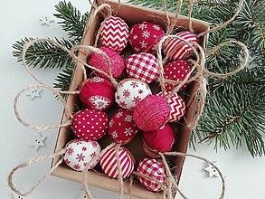 """Dekorácie - VIANOČNÉ ORIEŠKY """"veselé vianoce"""" - červené - 11189952_"""