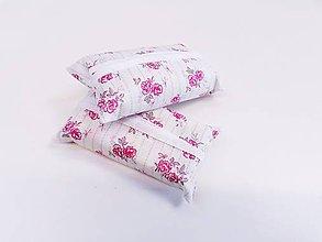 Taštičky - Prenosný obal / zásobník na papierové vreckovky ružičky - 11193309_