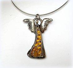 Náhrdelníky - Cínový šperk zo sklom - Anjelik - 11193144_