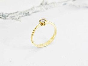 Prstene - 585/1000 zlatý zásnubný prsteň s diamantom 3,5 mm, E/SI1 - 11196082_
