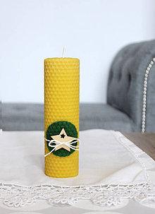 Svietidlá a sviečky - sviečka z včelieho vosku veľká s hviezdou (Zelená) - 11198056_