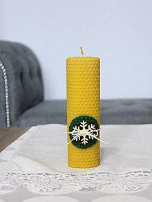 Svietidlá a sviečky - sviečka z včelieho vosku veľká s vločkou (Zelená) - 11198080_