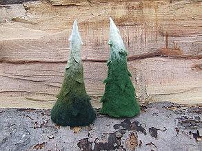 Dekorácie - ...plstená dekorácia - stromček... - 11195639_