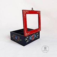 Krabičky - Ručne maľovaná krabica na čaj Anna Hindeloopen (16x14x7cm (4 priecinka)) - 11195562_