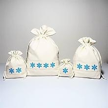 Úžitkový textil - Bavlnené vrecúško vyšívané vločky - 11195579_